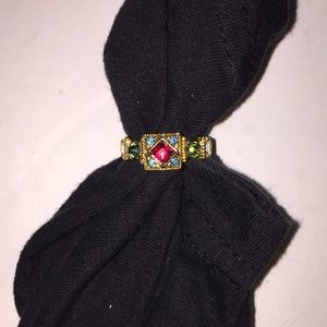 Jewelry - GORGEOUS GOLDTONE & COLORED STONES RING SIZE 7.5